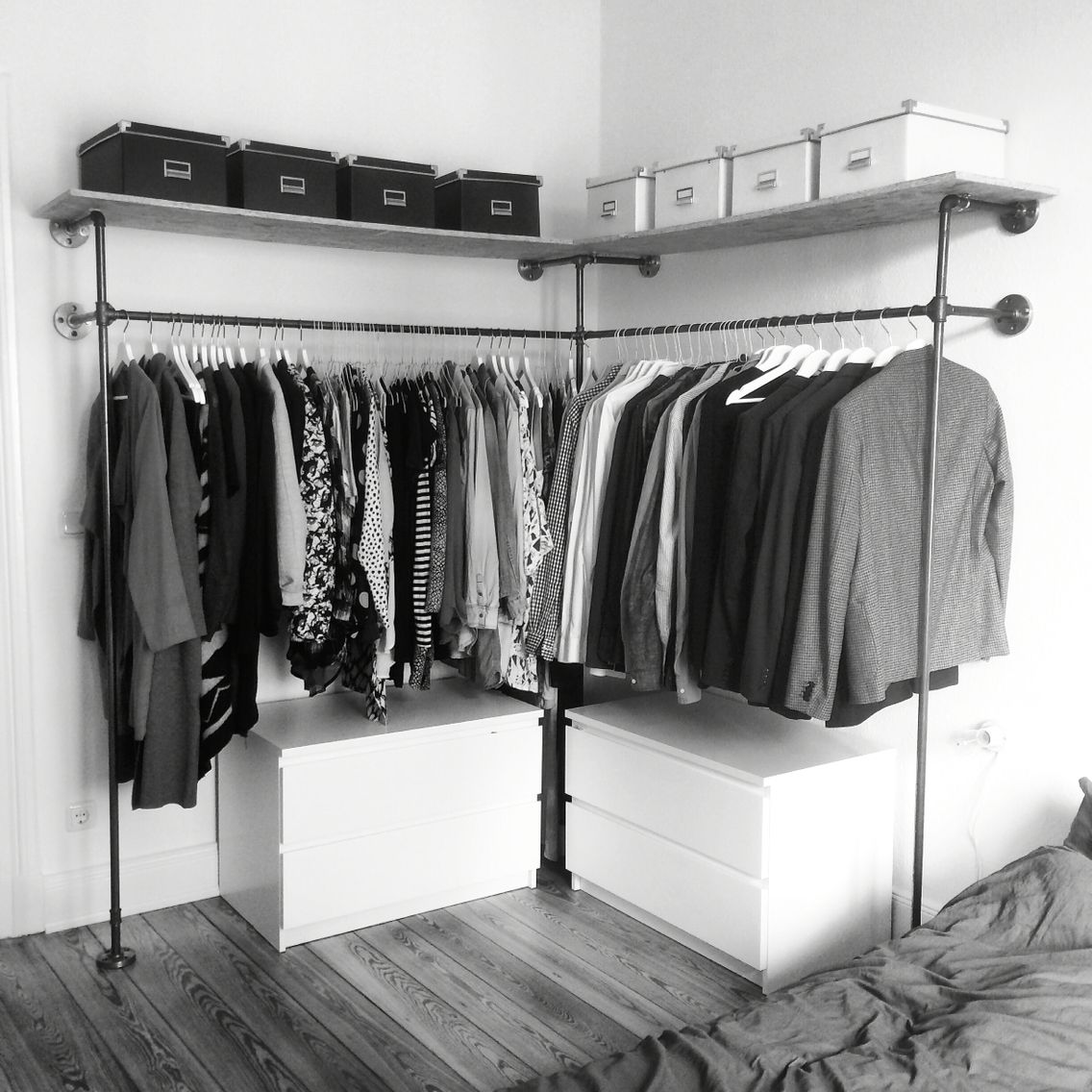 Open wardrobe frame DUO HIGH, manufactured by various. | various ...