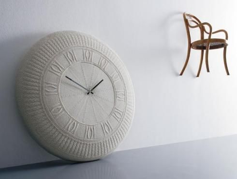 "Knitted Wall Clock ""Gomitolo""  by Diamantini & Domeniconi"