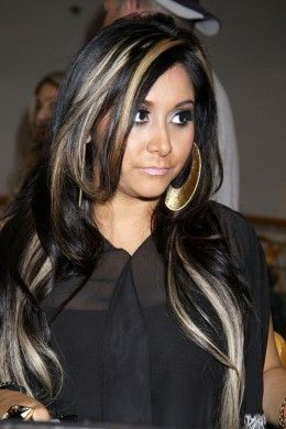 Black Hair With Blonde Highlights Black Hair With Blonde