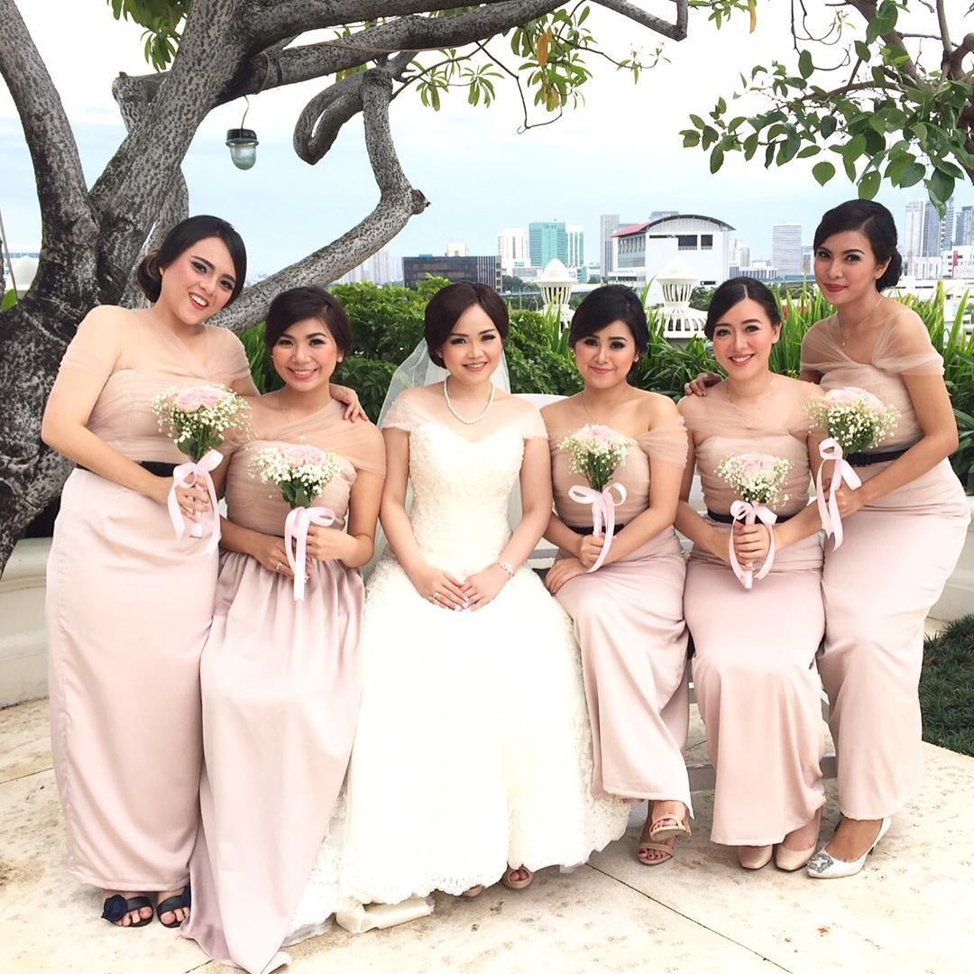 10 Seragam Bridesmaids Terbaik yang Bisa Ditiru, Elegan Banget