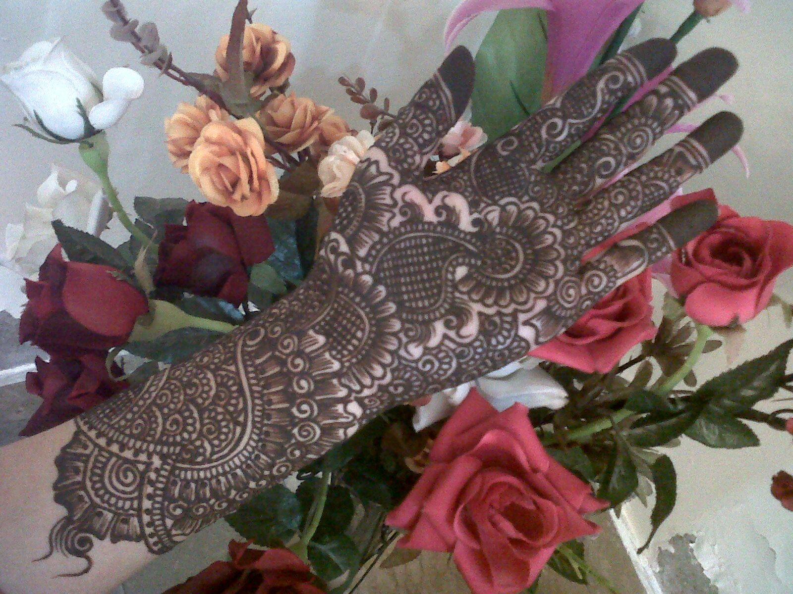 https://planetzuri.files.wordpress.com/2013/11/bridal-mehndi ...