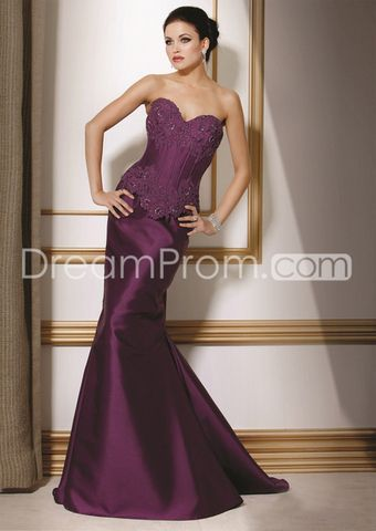Gorgeous Lace Trimmed Trumpet/Mermaid Sweetheart Neckline Floor-length Mother of the Bride Dresses