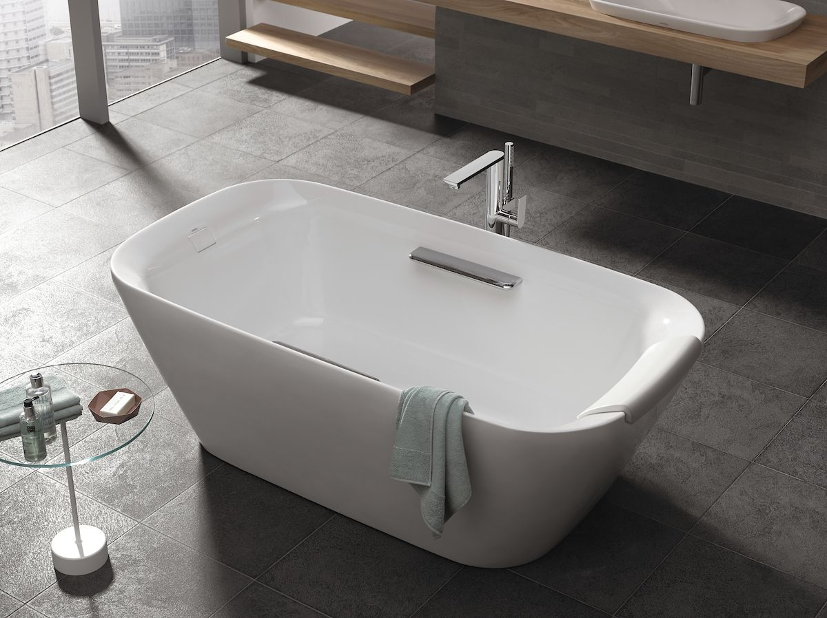 TOTO freestanding tubs offer deep drop-in design and a slip ...