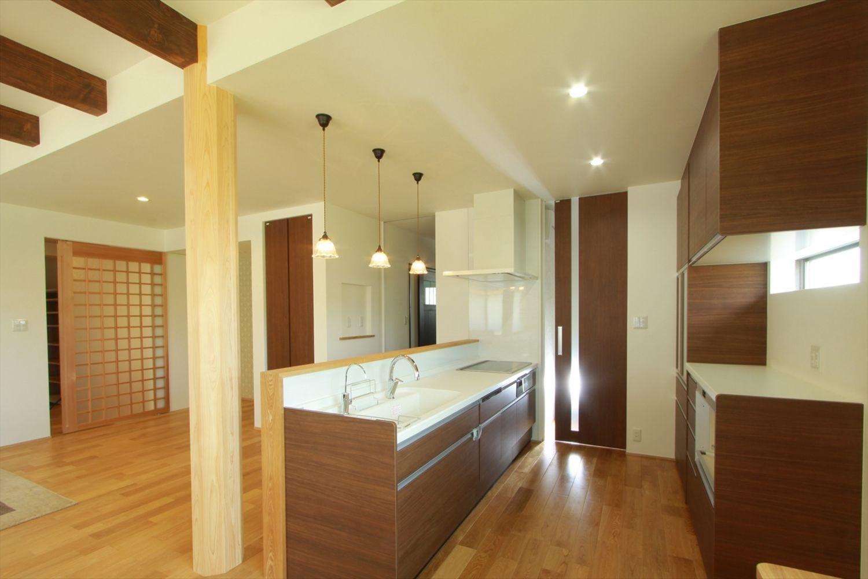 キッチン事例集 香川で自然素材の木の家 注文住宅を建てる大河内工務