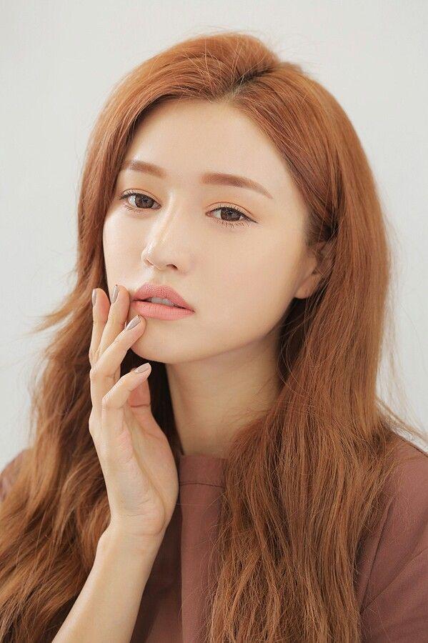 Park sora | Park Sora | Fashion, Natural Makeup, Asian Makeup