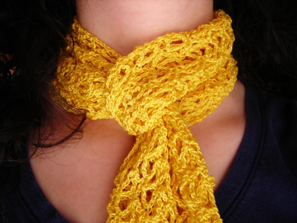 The Yellow Scarf | Crochet Bufandas | Pinterest