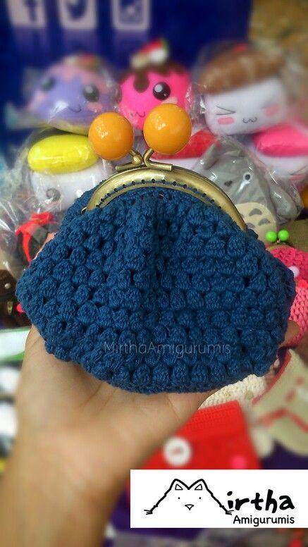 Crochet coin purse by Mirtha Amigurumis #coinpurse #crochet