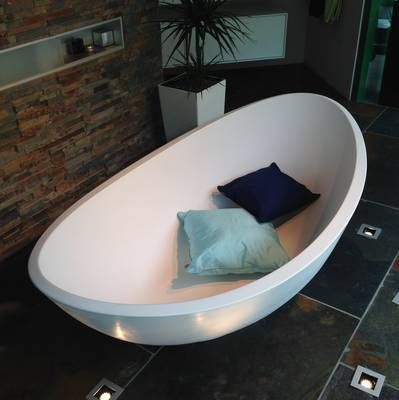 wohl die beliebteste unter den freistehenden Badewannen: Lavasca ... | {Freistehende badewanne mineralguss oder acryl 57}