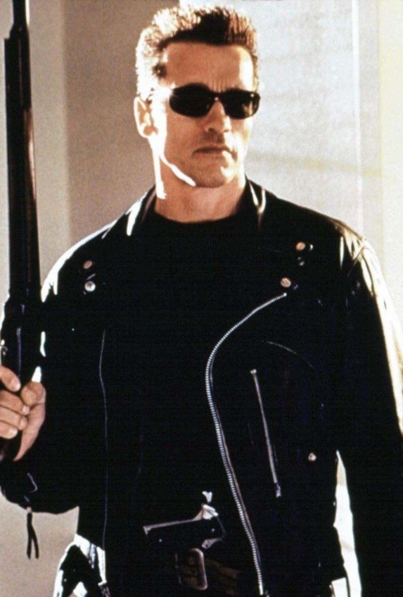 Hollywood Leather Jackets Iconic Movie Characters Famous Leather Jackets Terminator Movies Terminator Arnold Schwarzenegger [ 1183 x 800 Pixel ]
