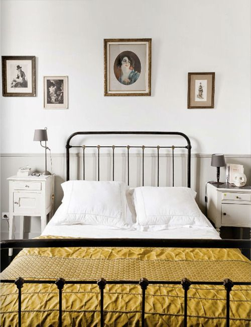 Merveilleux Love This Antique Metal / Cast Iron Bed. And Love The Mis Matching Bedside