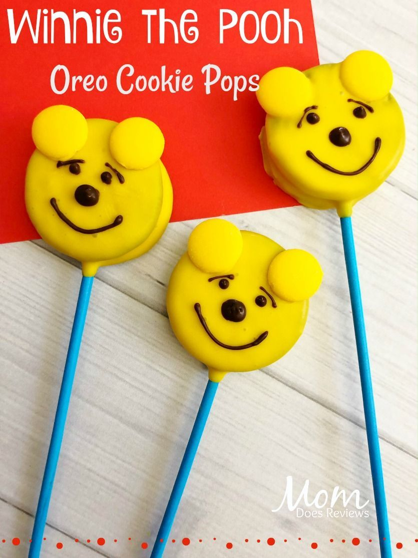 Winnie the Pooh Oreo Pops #oreopops Winnie the Pooh Oreo cookie pops #winniethepooh #disney #funfood #desserts #oreopops