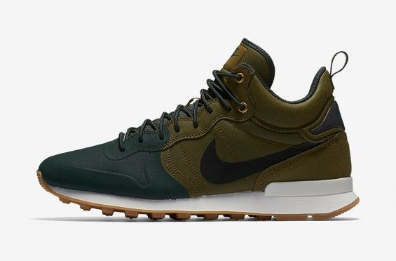 NIKE INTERNATIONALIST MID UTILITY