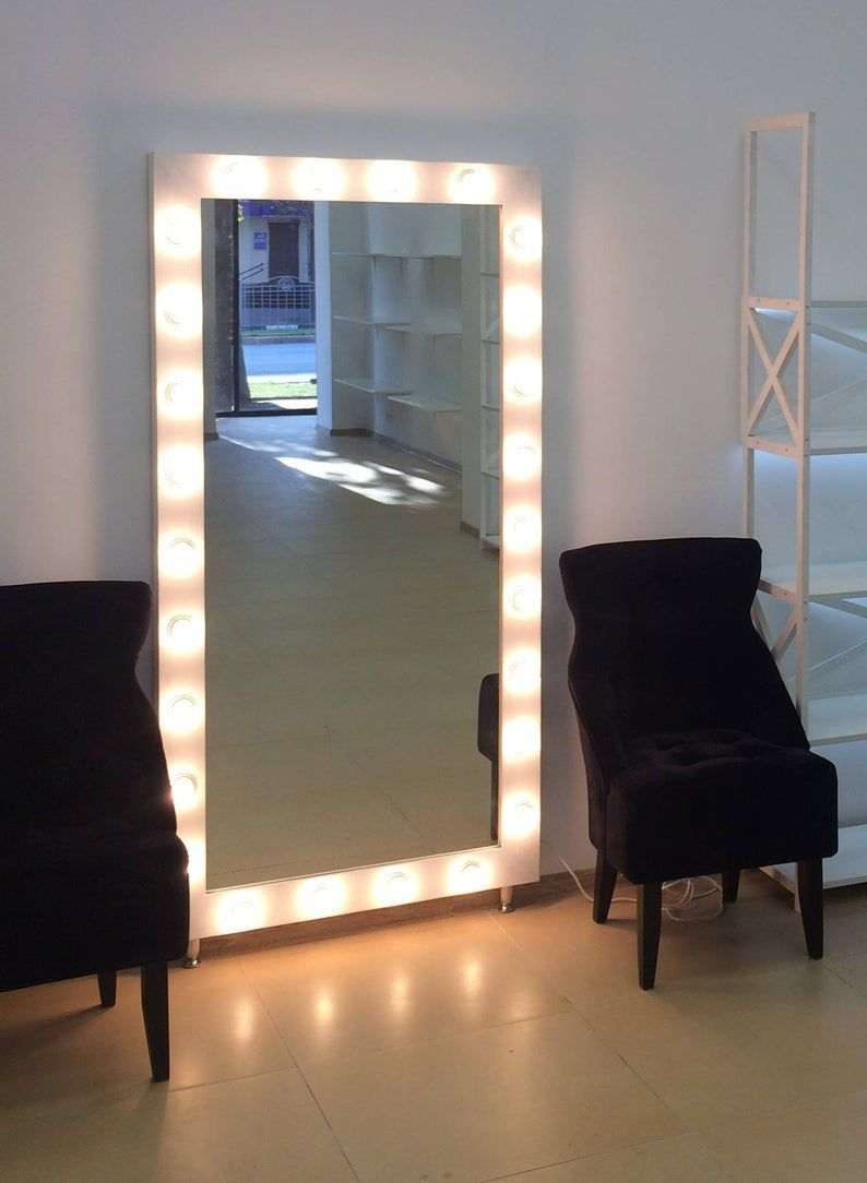 Miroir Avec Lumiere In 2020 Mirror Decor Hollywood Mirror Cozy Interior Design