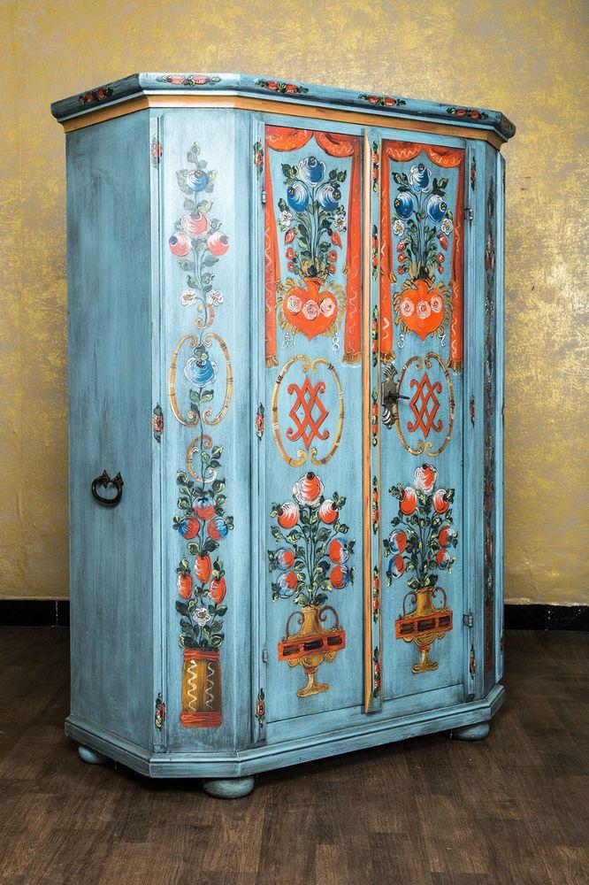 Bauernschrank Schrank Landhausschrank Landhausstil Bemalt Antik Blau Landhaus French Painted Furniture Furniture Makeover Weird Furniture