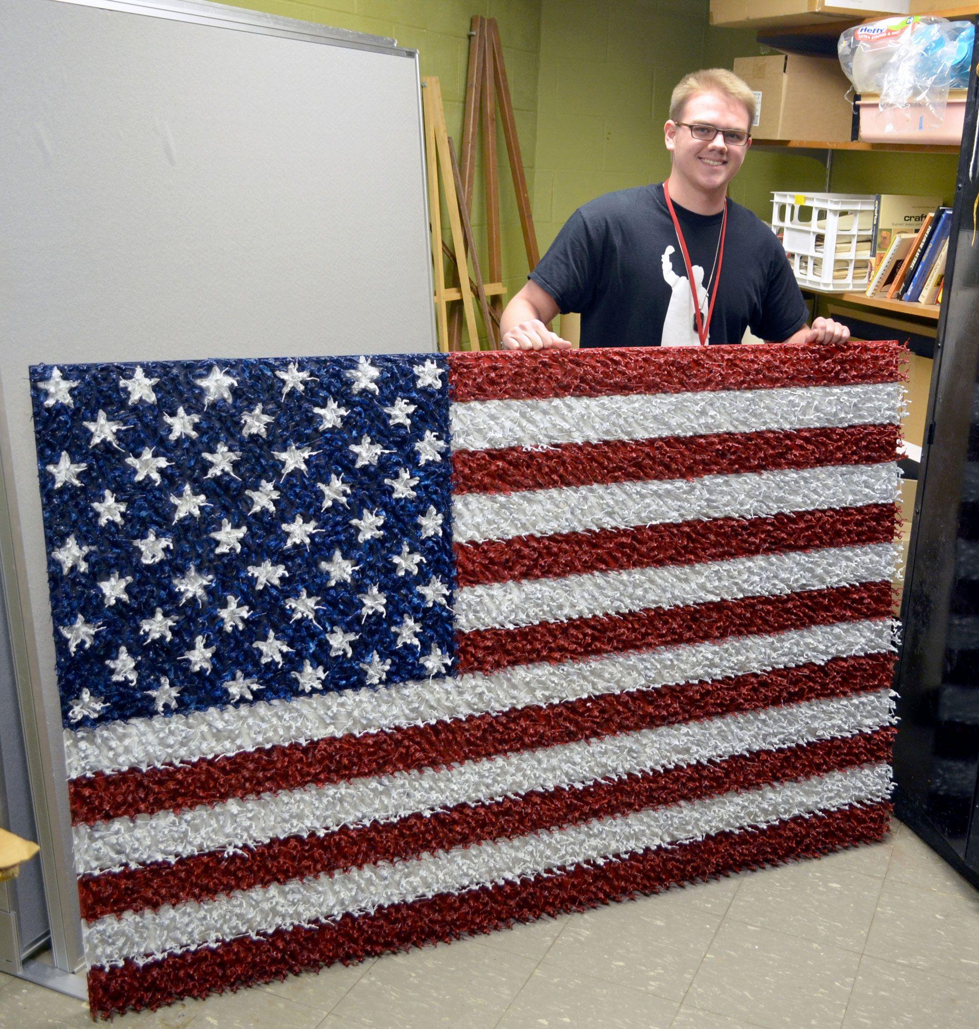 Maconaquah Student S Art Goes Viral American Flag Art American Flag Wall Art Flag