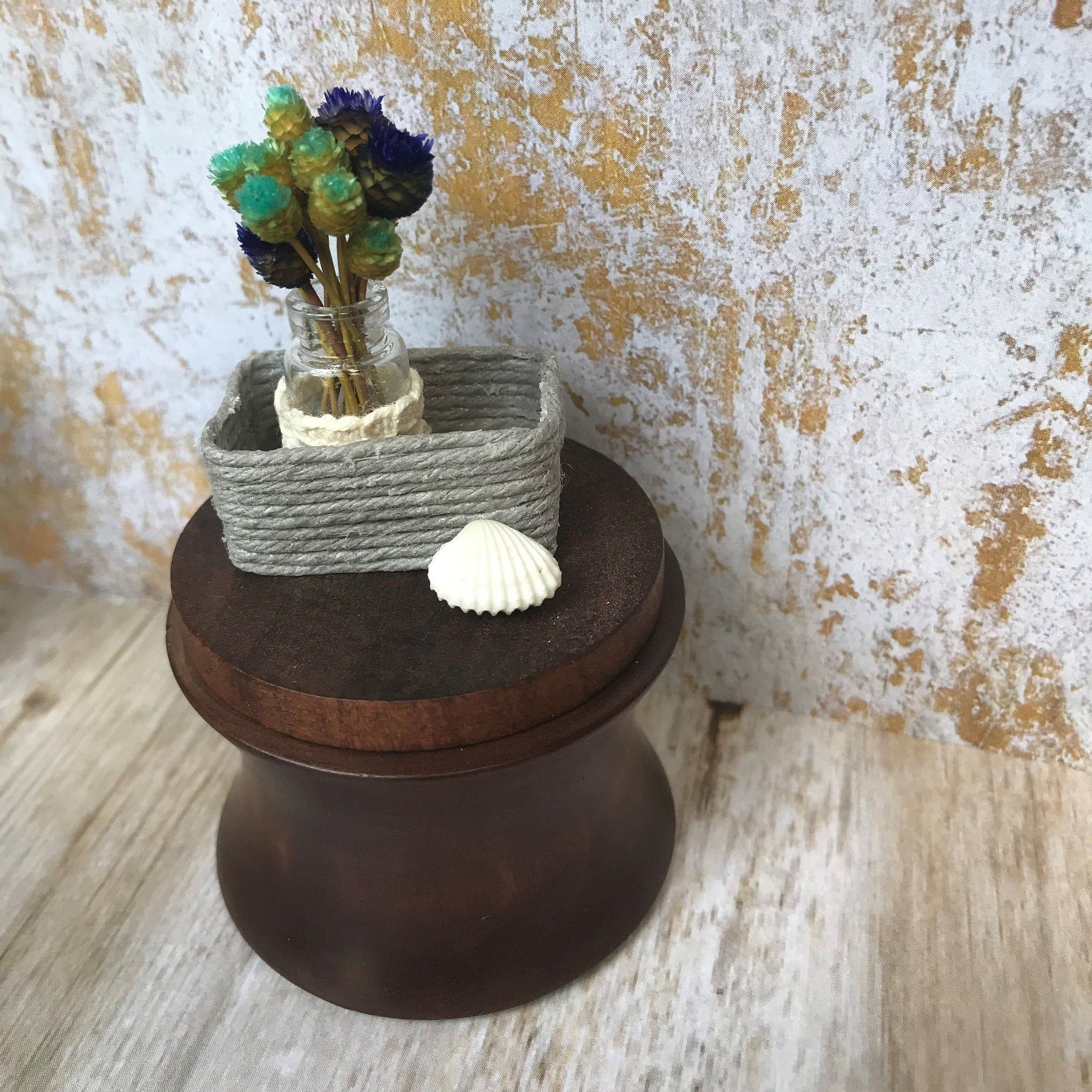1:12 Dollhouse Miniature Furniture Wooden Round Kitchen Side Table and  stooCHP