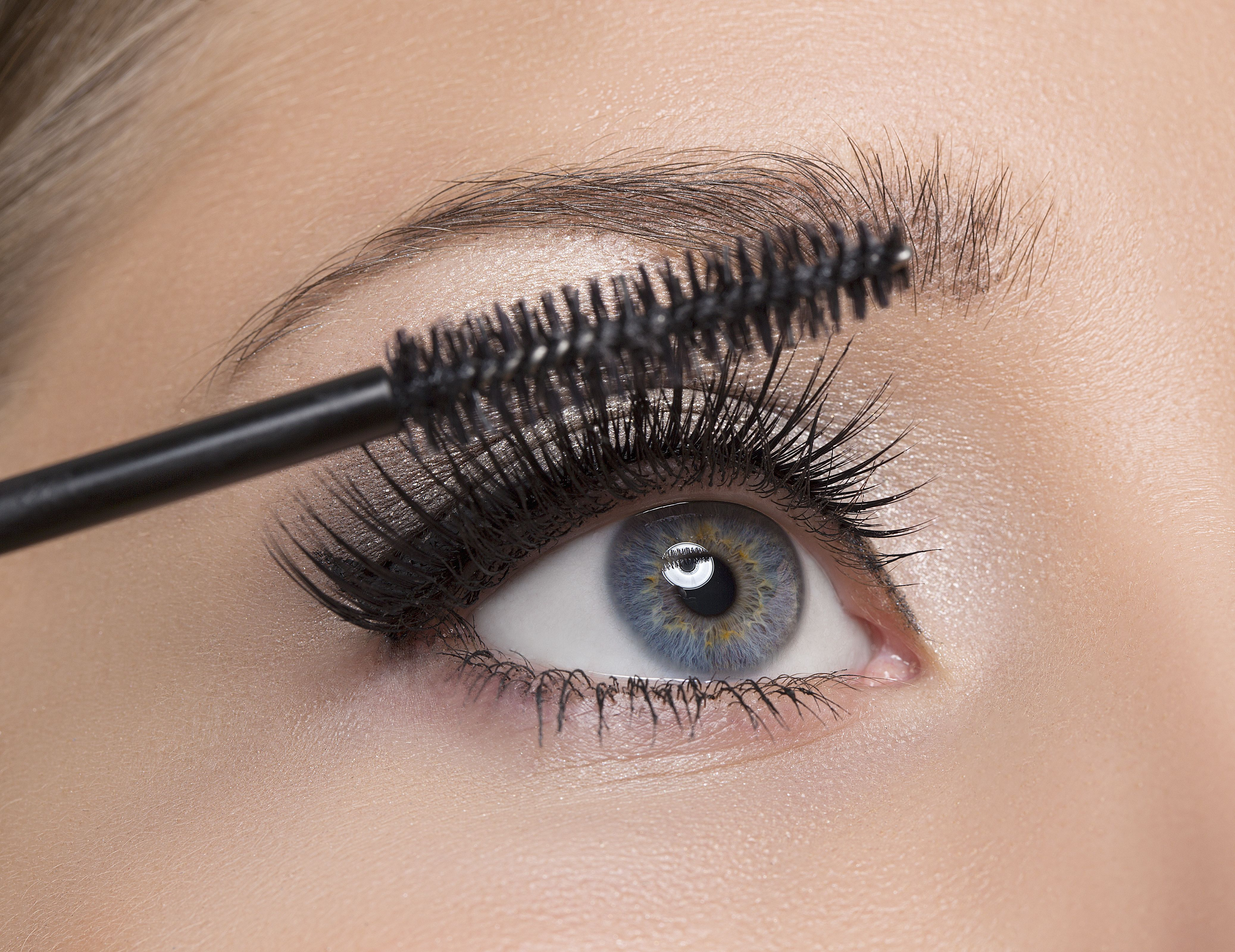n this article I will explain the whole eyelash extension