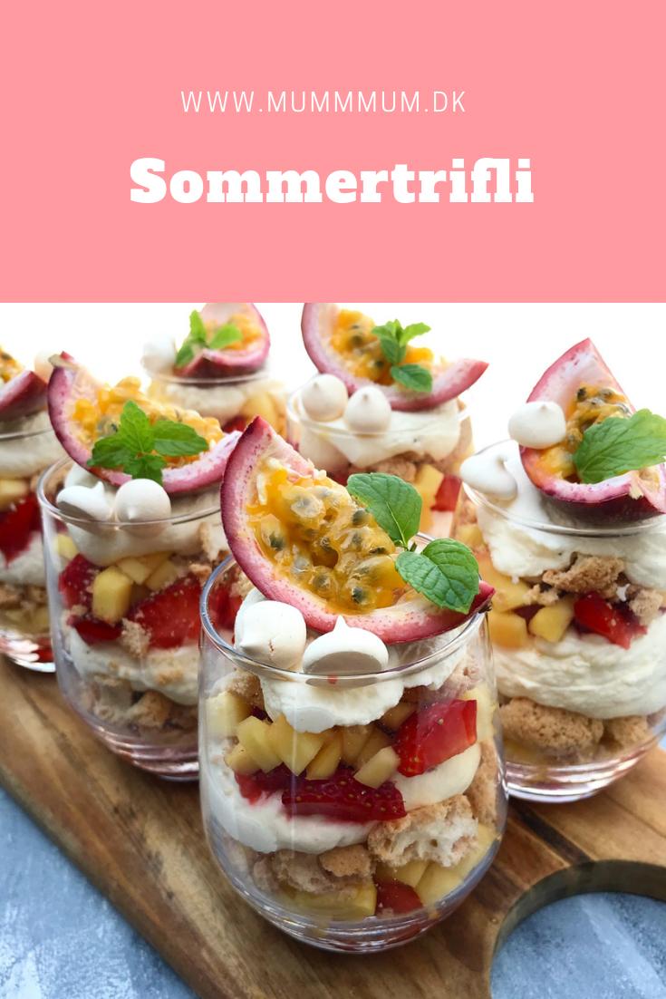 Sommertrifli med vaniljecreme is part of Desserts - Nem opskrift på en skøn sommertrifli med sommerens frugter, vaniljecreme og makroner  En nem sommerdessert, som er hurtig at lave