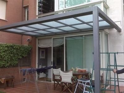 Pergolas aluminio buscar con google decoracion - Tipos de toldos para patios ...