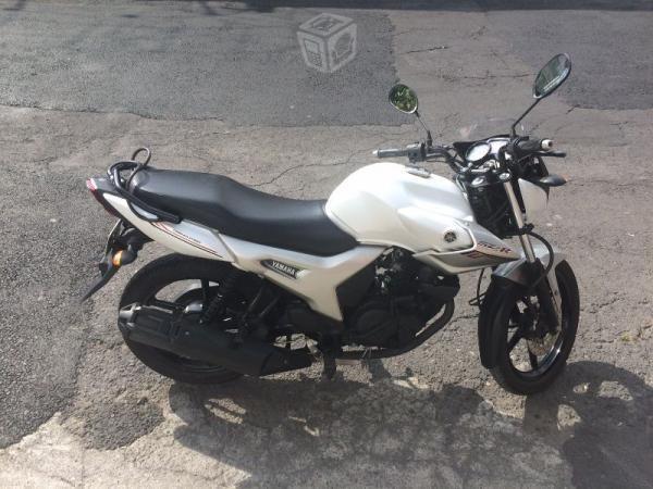 Yamaha Dimensiones - Brick7 Motos