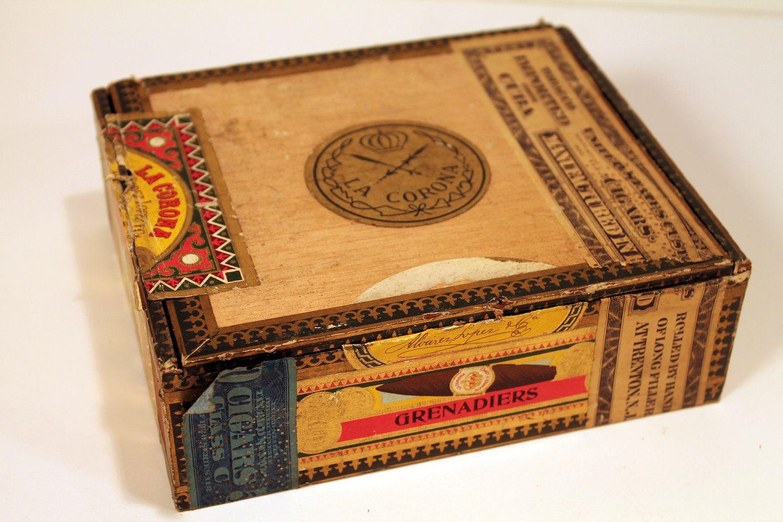 Vintage Imported Cuban Wood Cigar Box La Corona Collectable