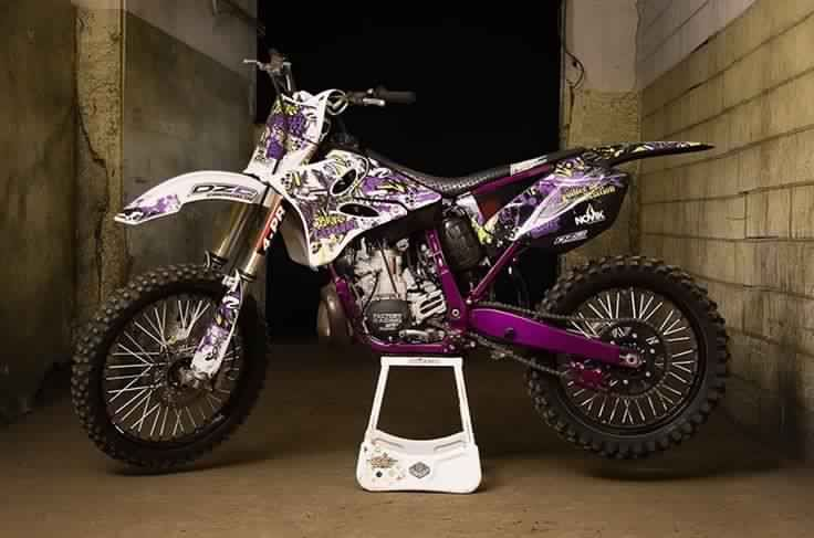 I Want A Bike Like This But The Purple Parts Blue Cool Dirt Bikes Motocross Love Motocross Bikes