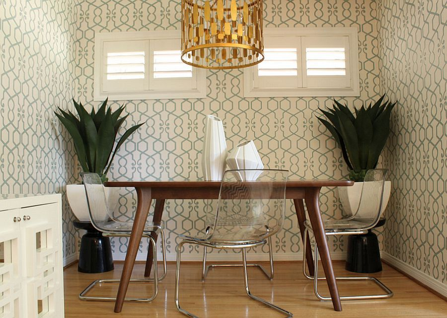27 Splendid Wallpaper Decorating Ideas For The Dining Room Dining Room Table Decor Dining Room Wallpaper Dining Room Design Modern