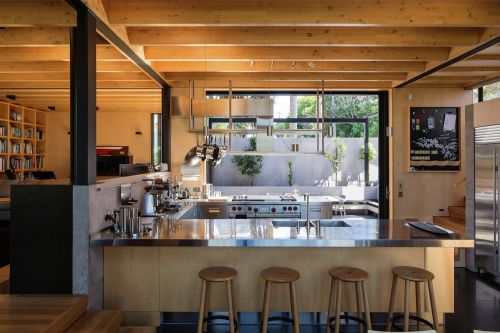 Habitus Boatsheds / Strachan Group Architects + Rachael Rush