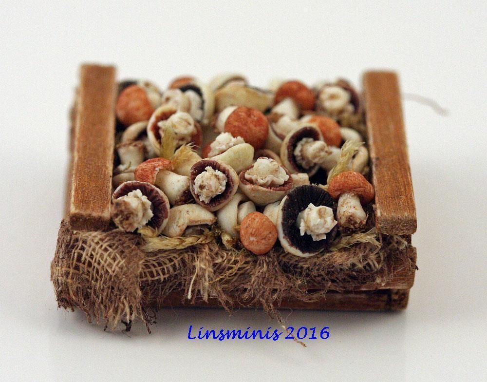 12th Scale Miniature ** Crate of Ceps & Field Mushrooms **...IGMA Fellow #Linsminis