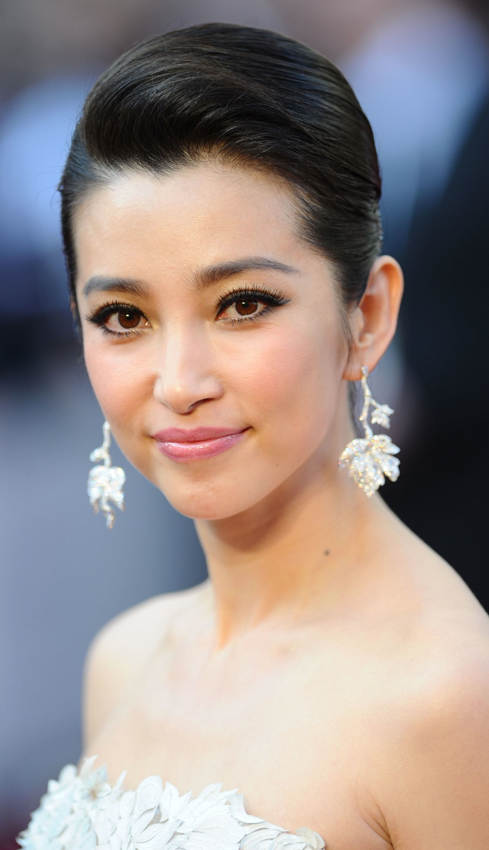 Li bing bing hair and makeup pinterest prom hairstyles and