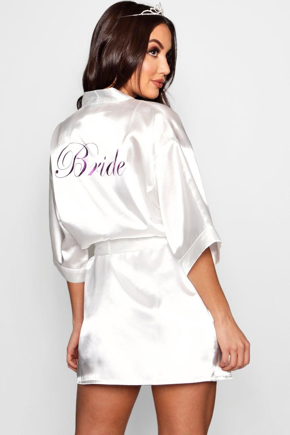bc5143bac2a3 Click here to find out about the Mary Bride Metallic Robe from Boohoo, part  of our latest Nightwear & Onesies collection ready to shop online today!