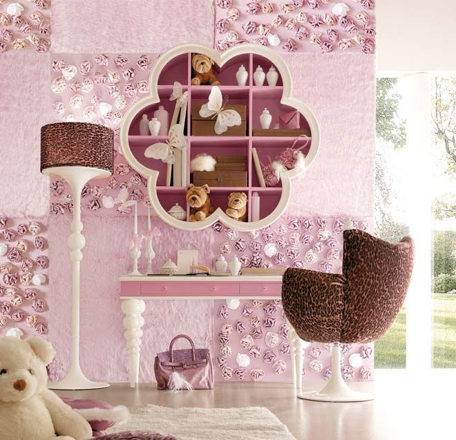 Image detail for -Lovely fantasy bedroom with heart-shaped headboard ...