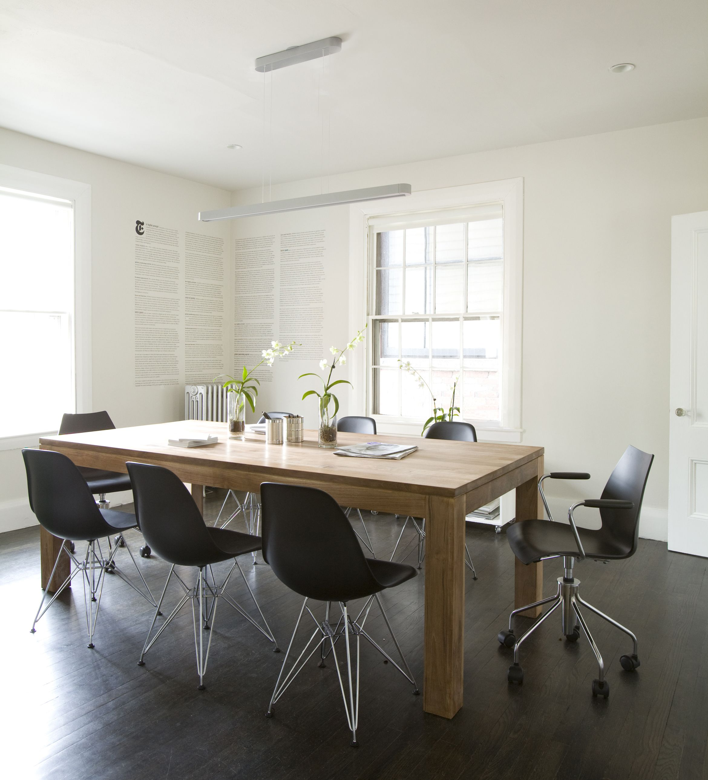 Exceptional Room · Cool Wooden Table