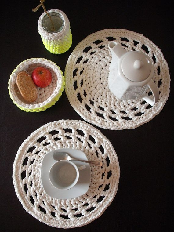 Set of 2 Crocheted placemats  Houseware  Home by NavitrineShop