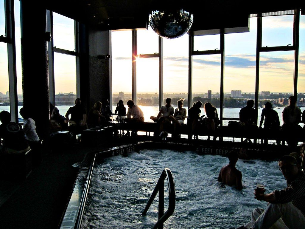 the standard le bain new york jacuzzi h o t e l s