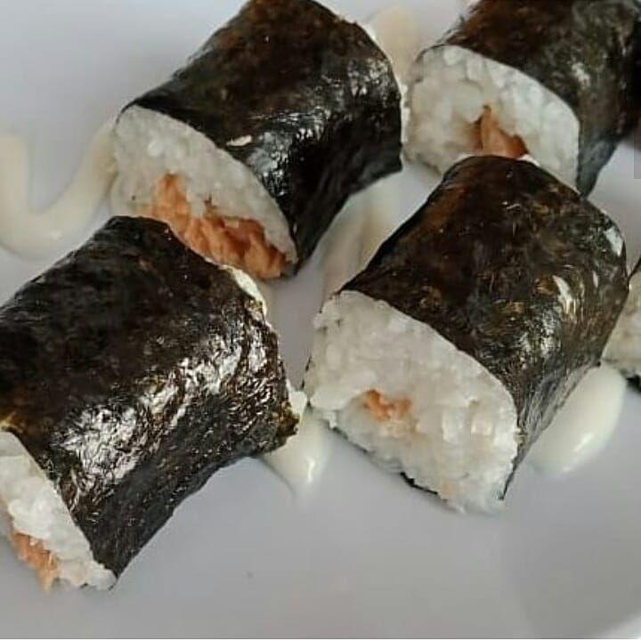 . RAMEN . SUSHI NORI BOGOR  Counter Sushi Nori Bogor, cabang :  Superindo Kincan, Jati Bening, Jakarta Superindo Pahlawan, Bogor  Atau bisa juga diorder lewat Gofood atau Grabfood  #yummy #sushi #gofood atau #grabfood #superindo #kincanjatibening #sushilover #sushitime #sushiroll #sushimania #sushiclub #pahlawanbogor #cikaretcibinong #sushienak #sushimurah #sushihalal #sushidelivery #jajanansushimurah #kulinersushi #kulinersushimurah