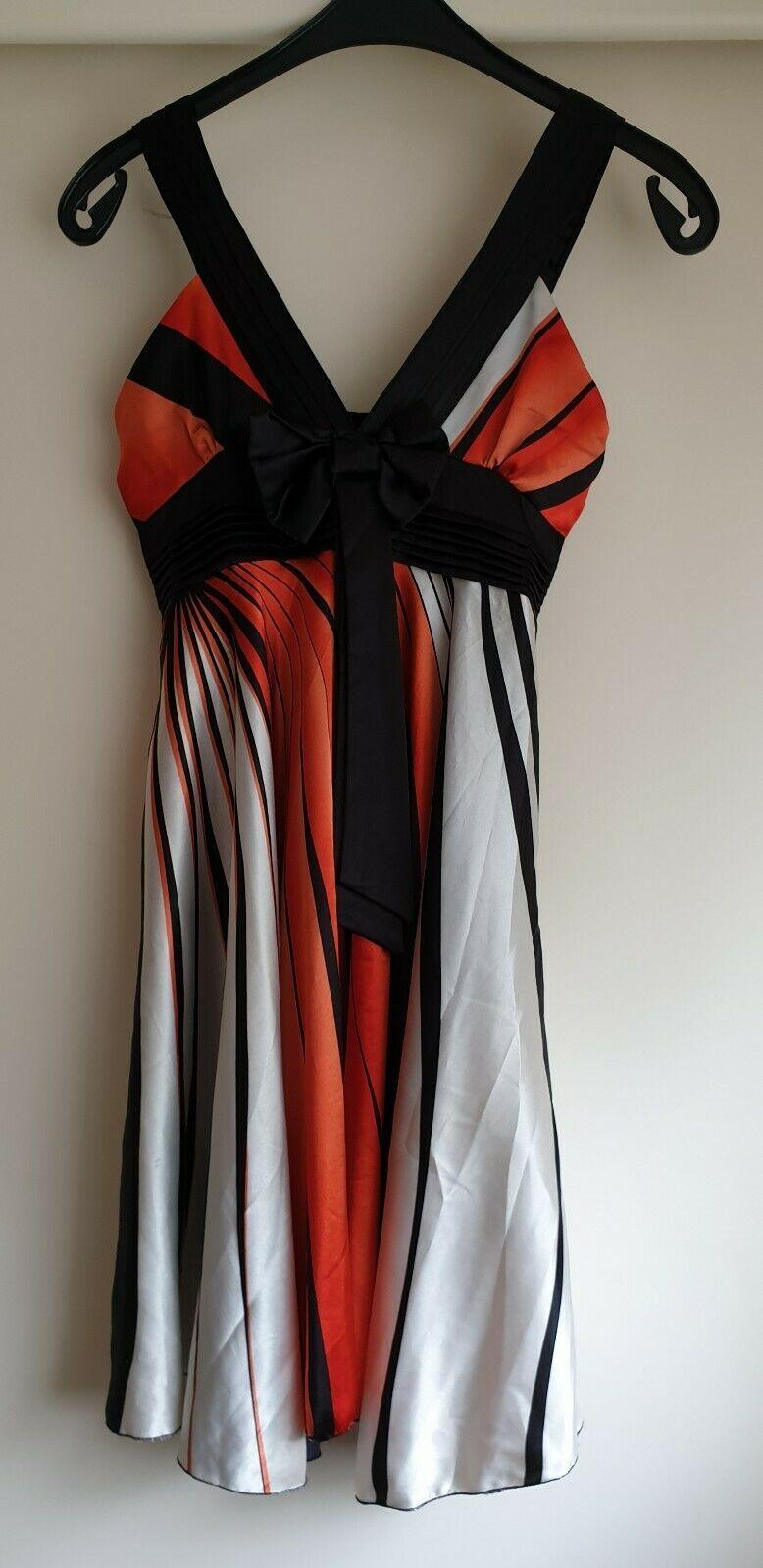 voyelles kleid orange/weiß/schwarz gr 36 neuwertig