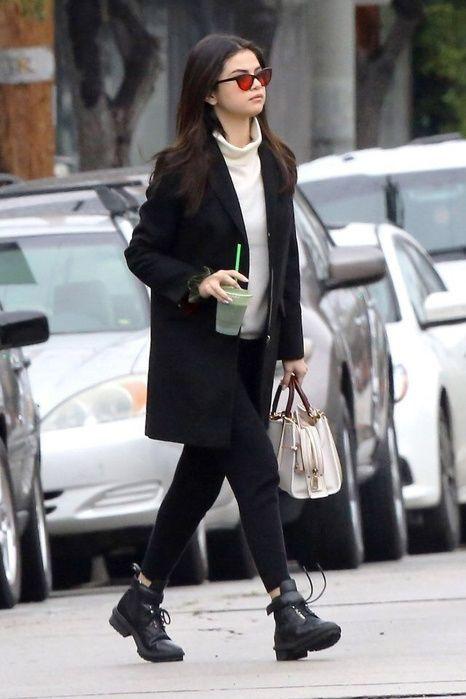 Selena Gomez Street Style Selenagomez Outfit Fashion Style Selena Pinterest