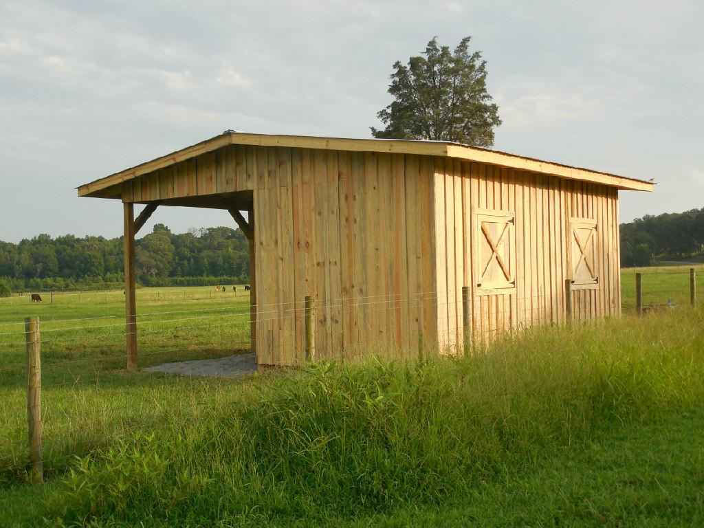 Small barn Small barns, Barn, Horse shelter