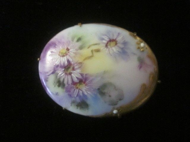 VERY PRETTY ANTIQUE HAND PAINTED OVAL FLORAL PORCELAIN PIN/BROOCH WITH GOLD GILT | eBay