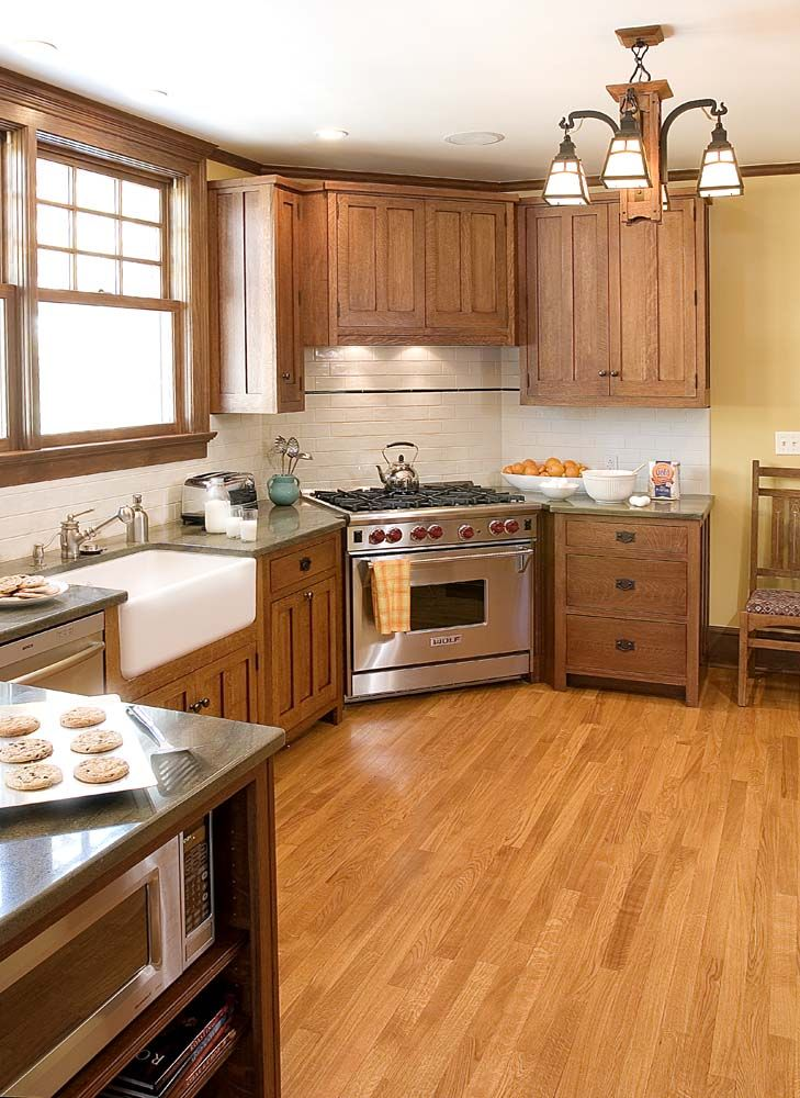 I LOVE This Kitchen! Mission/Craftsman Style