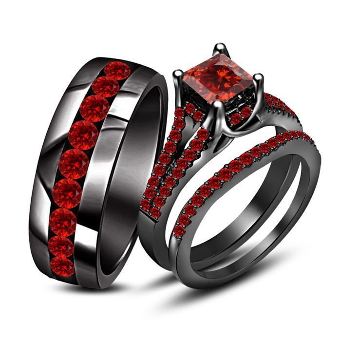 Beautiful Princess Rd Cut Red Garnet Black Gold Finish925 Silver Trio Ring Set