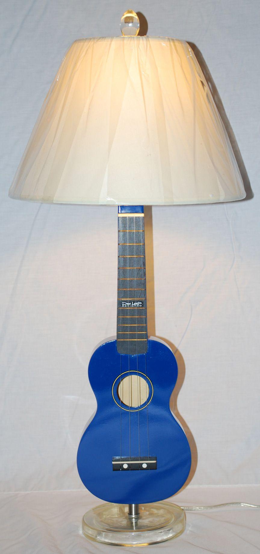 Ukulele Lamp So Going To Do This With Our Inherited Ukelele Guitarlamp Com Ukulele Ukelele Lamp