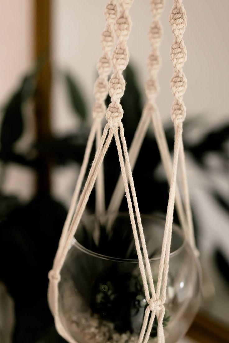 Makramee selber machen? So knotet man Blumenampel, Wandbehang & Co. – Life und Style Blog aus Österreich