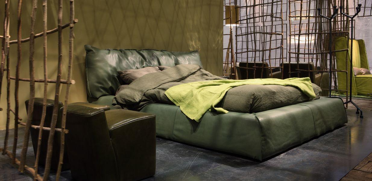 Baxter paris slim designer paola navone bed home for Baxter paola navone