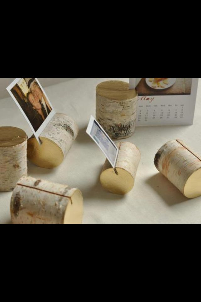 How to re-use wood in your home - DIY - cute way to display pictures ...