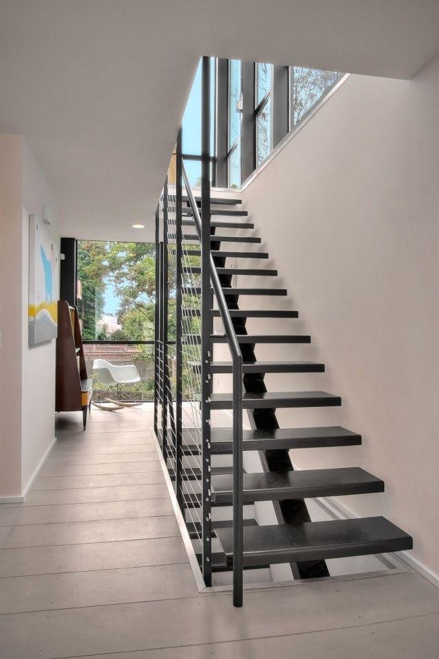 moderne deko trends treppenhaus modern gestalten mit 101 ideen zum raumkonturen 1 und harfen. Black Bedroom Furniture Sets. Home Design Ideas