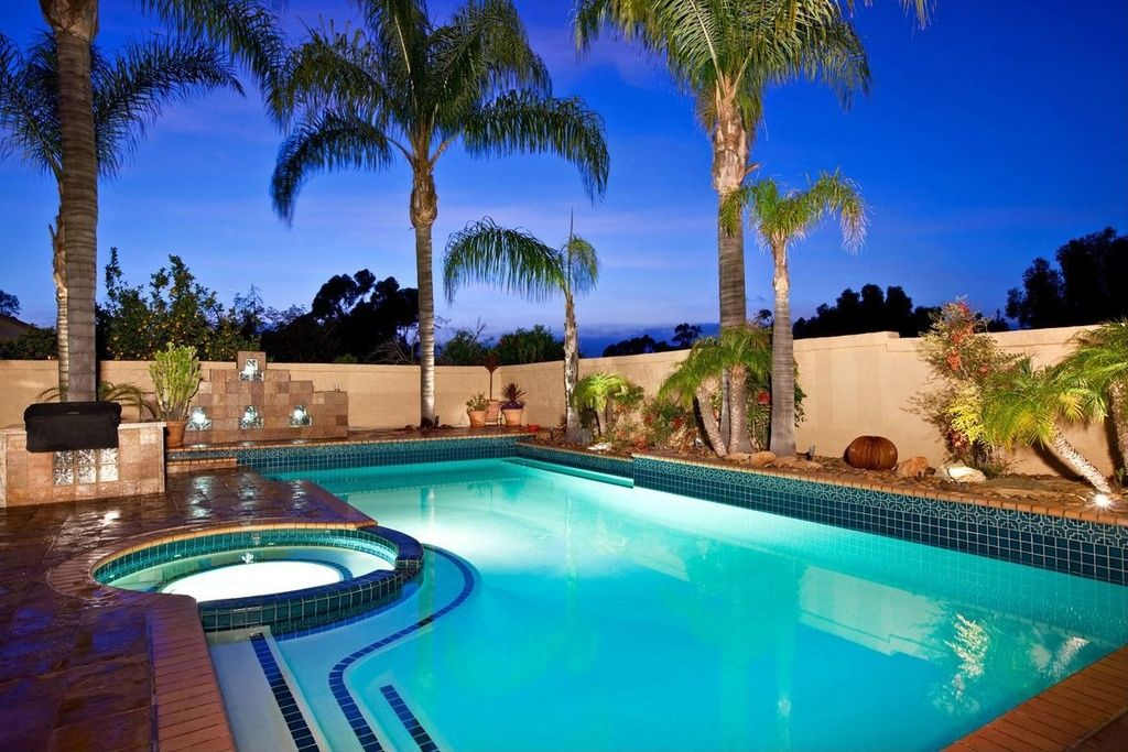 Modern Swimming Pool With Exterior Tile Floors Pool With