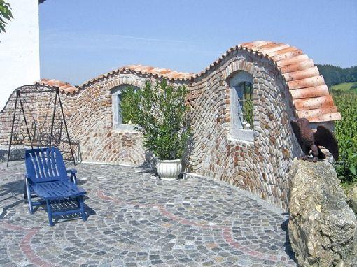 Gardenplaza - Mediterranes Flair durch Mauerabdeckungen - wohnideen wohnzimmer mediterran