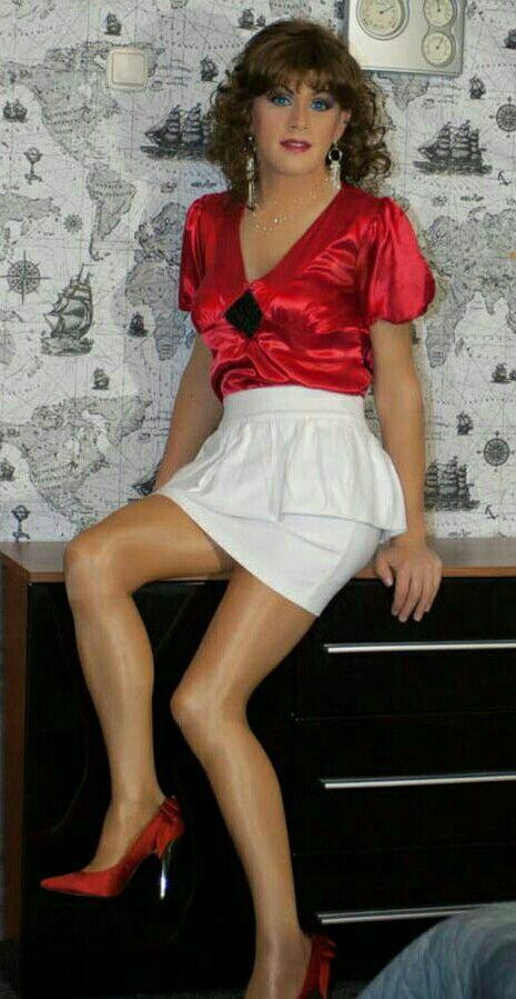 Feminine Fashions For The Male Dresser